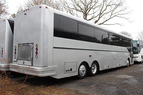 Party Bus 50 Passengers Exterior